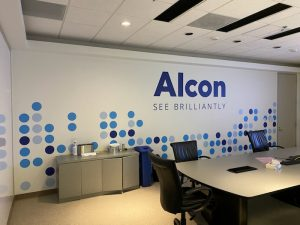 ALCON See Brilliantly | Wall Graphics
