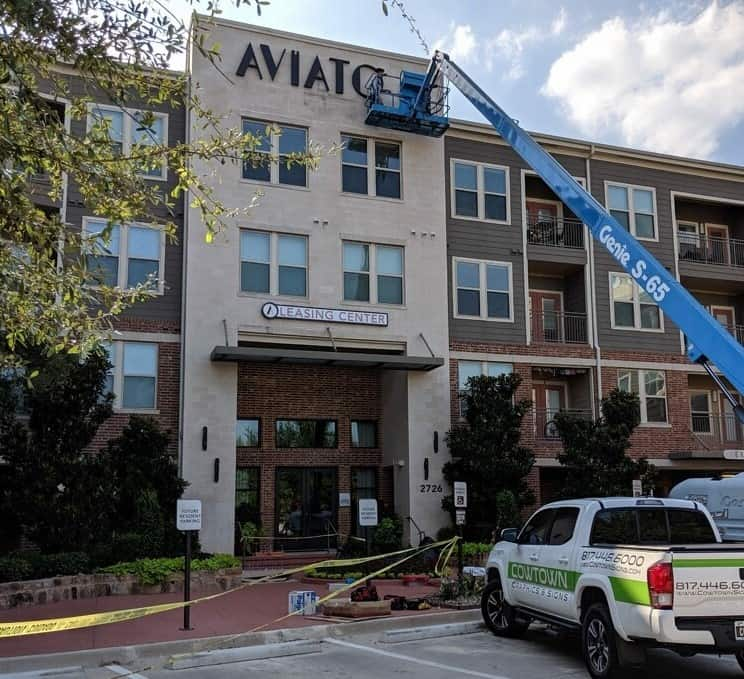 Property Management Signs 5 Aviator on West 7th