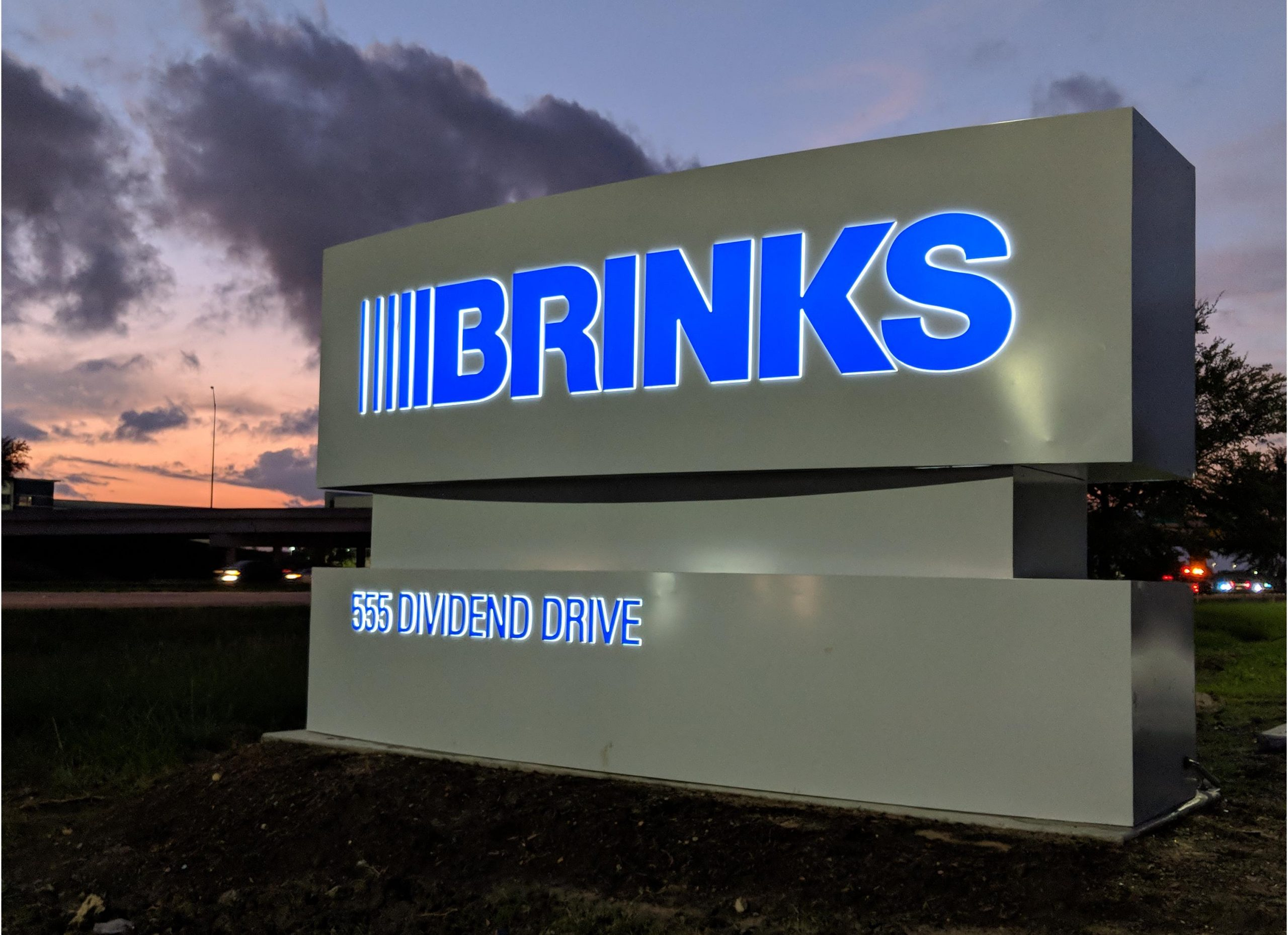 Fortune 500 Companies Brand Signage for Industry 5 1 Brinks at Twilight scaled